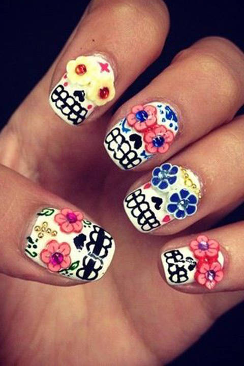 image of sugar skull nail art